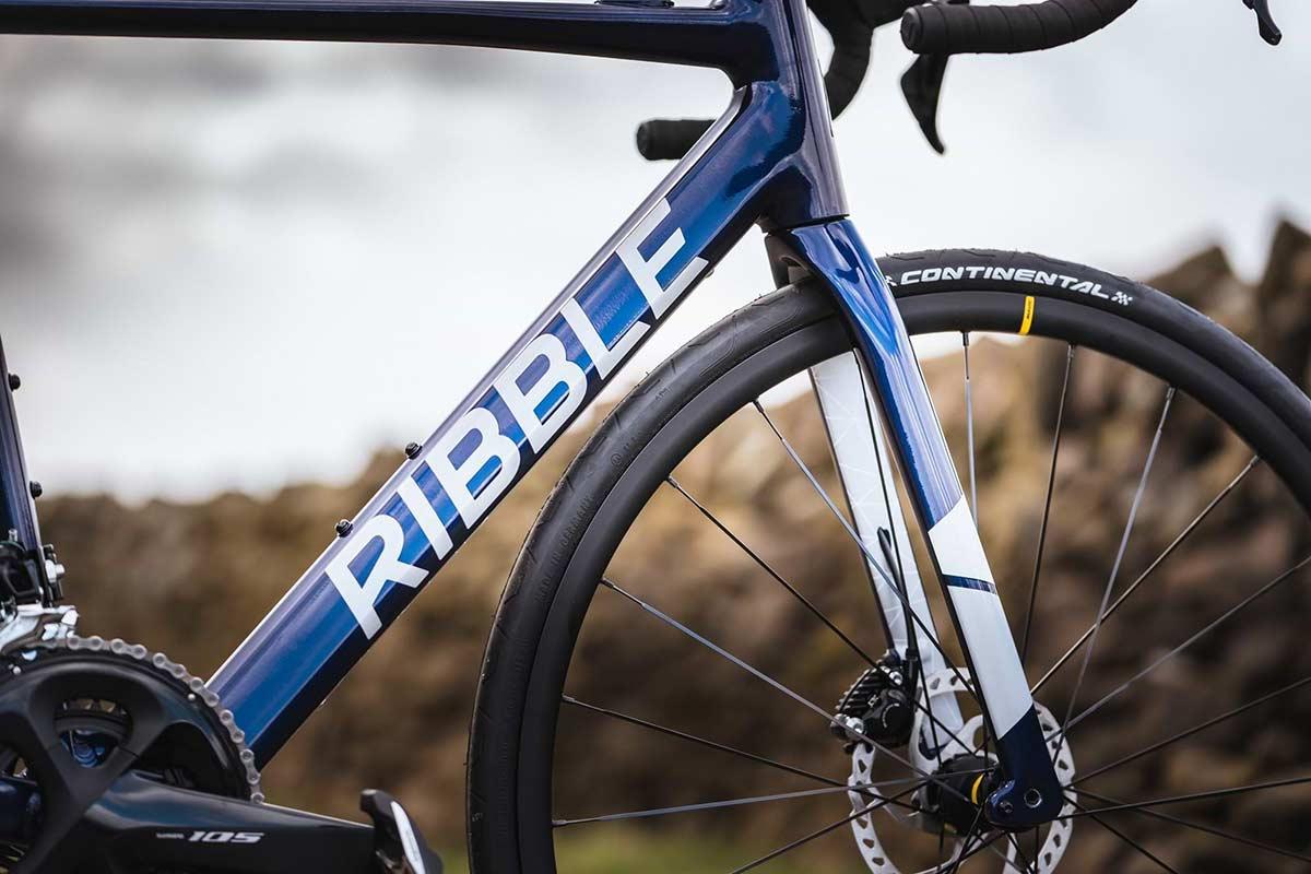 Ribble Endurance AL e road ebike seamless welds carbon fork