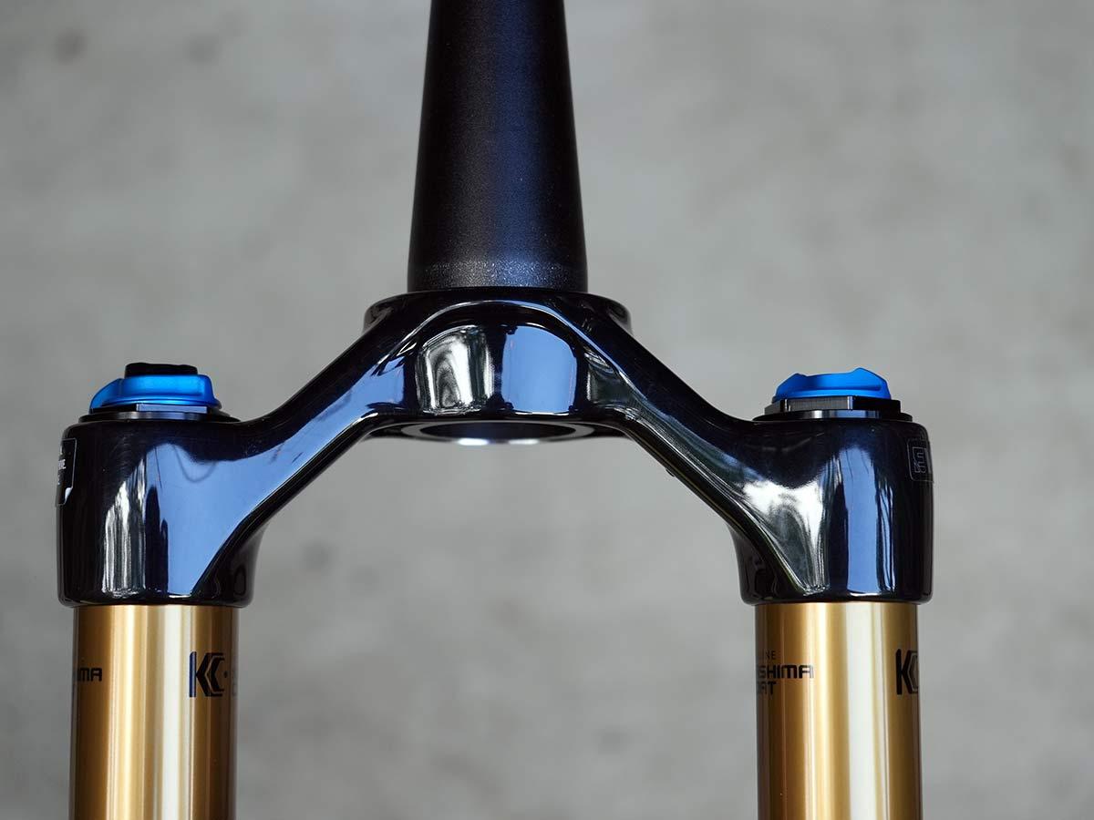 2022 fox 34 factory suspension fork closeup details