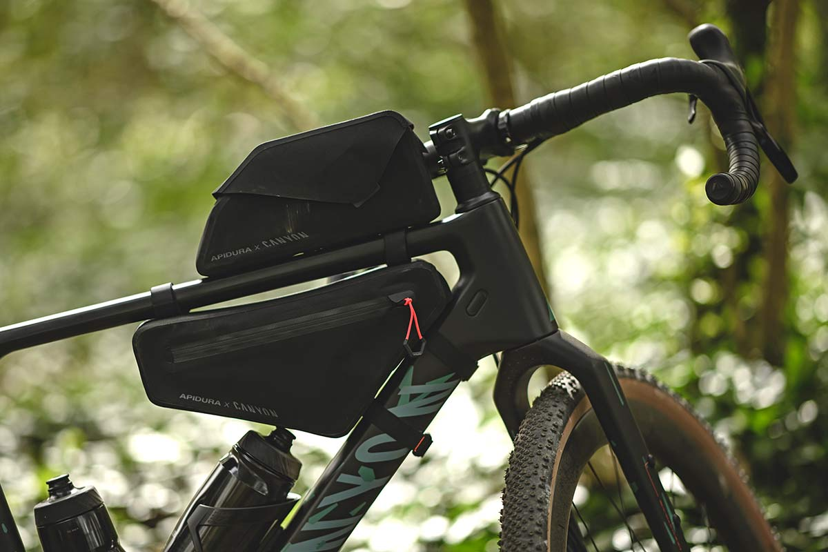 Apidura Canyon Grizzly off-road adventure bikepacking bags for Grizl gravel bike,front end