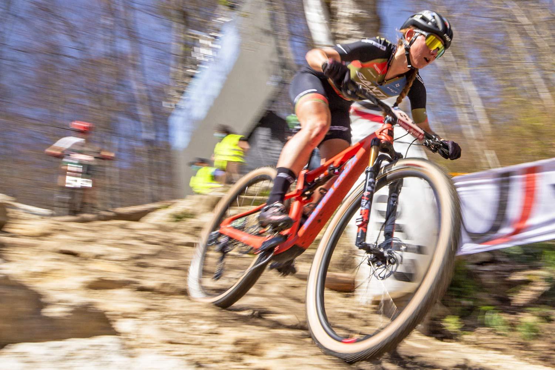 Santa Cruz XC Superlight Super Blur prototype carbon XC race mountain bike, Santa Cruz FSA pro team racing, photo by Enrico Andrini,Great Seiwald