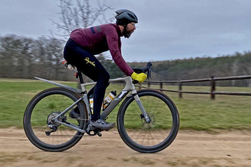 3T Exploro Race Max Boost gravel e-bike powered by ebikemotion, riding