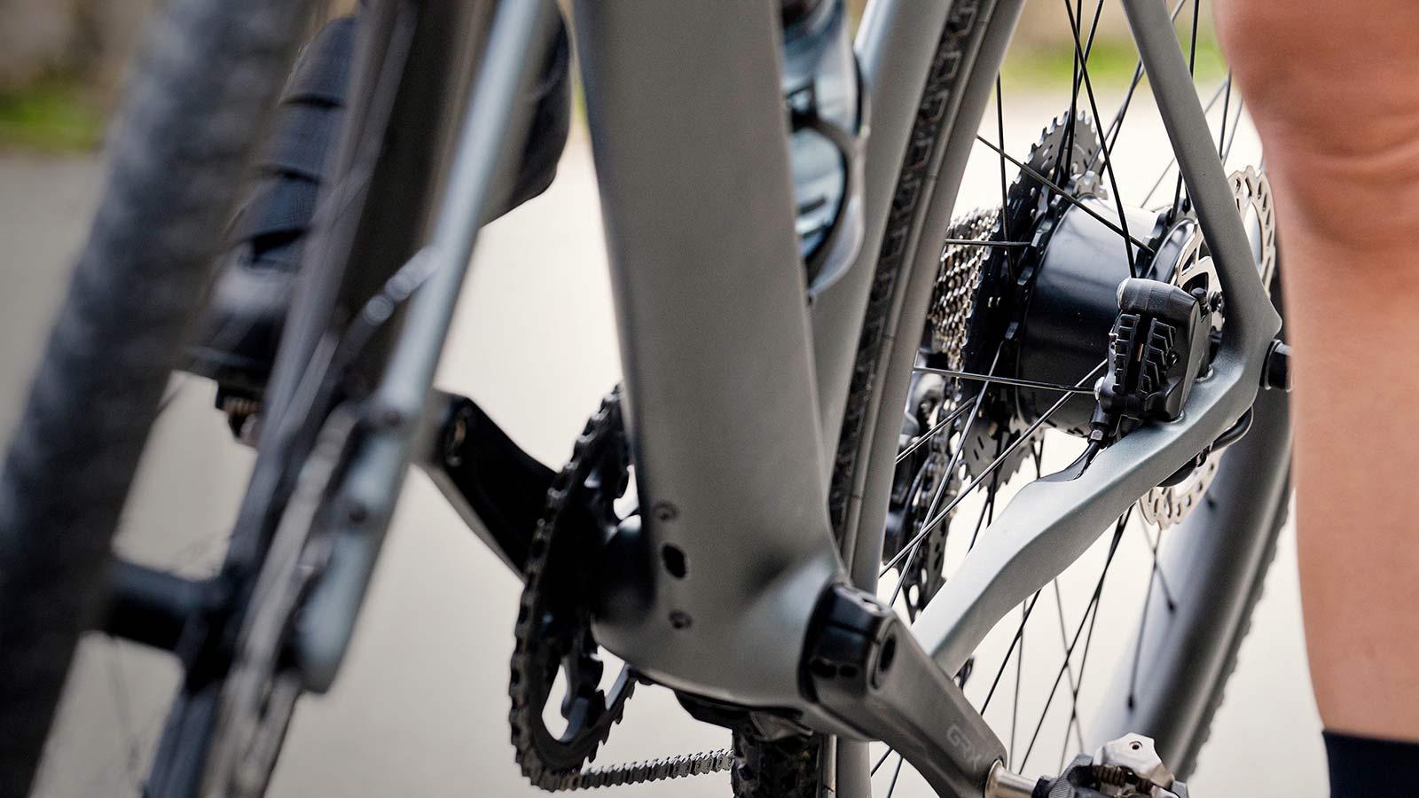 3T Exploro RaceMax Boost gravel e-bike, stealth ebikemotion X35 pedal-assist system