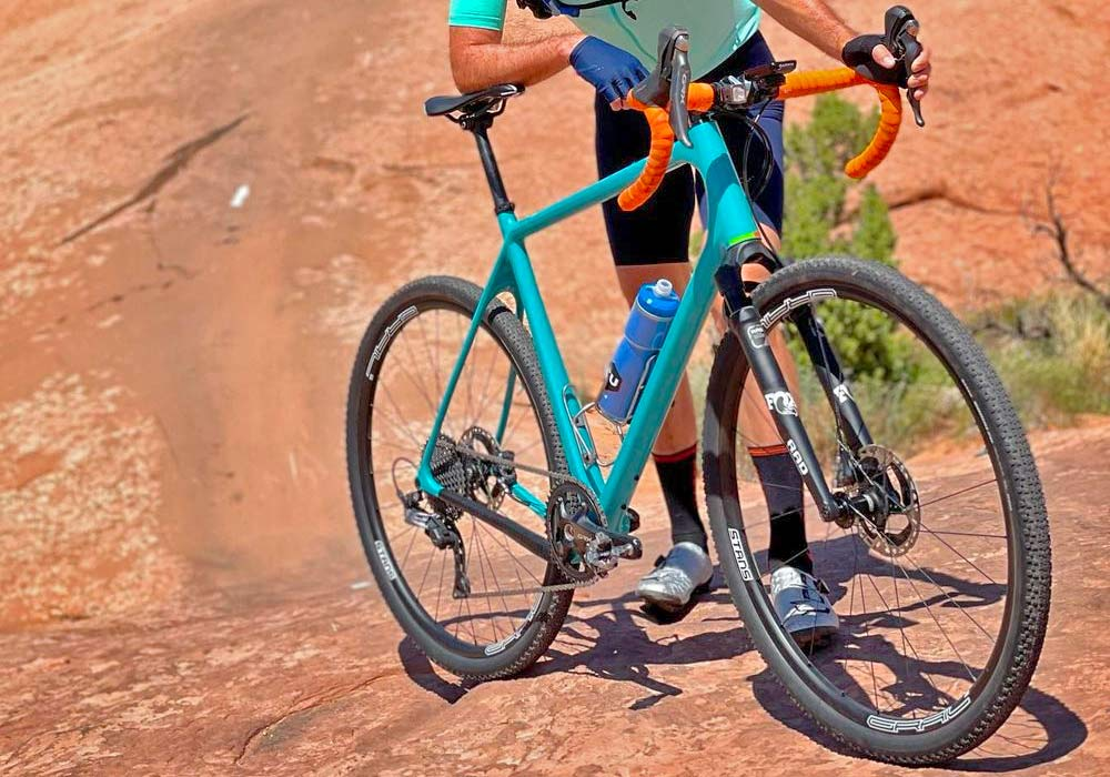 FOX RAD prototype gravel fork, reverse arch 30mm short-travel gravel bike suspension, courtesy Geoff Kabush Moab, UT