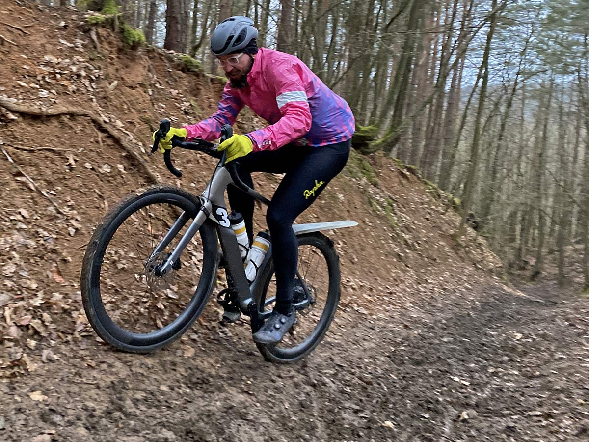3T Exploro RaceMax Boost gravel e-bike ebikemotion X35review,off-road climb