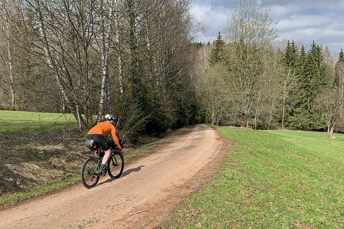 3T Exploro RaceMax Boost gravel e-bike ebikemotion X35review,riding