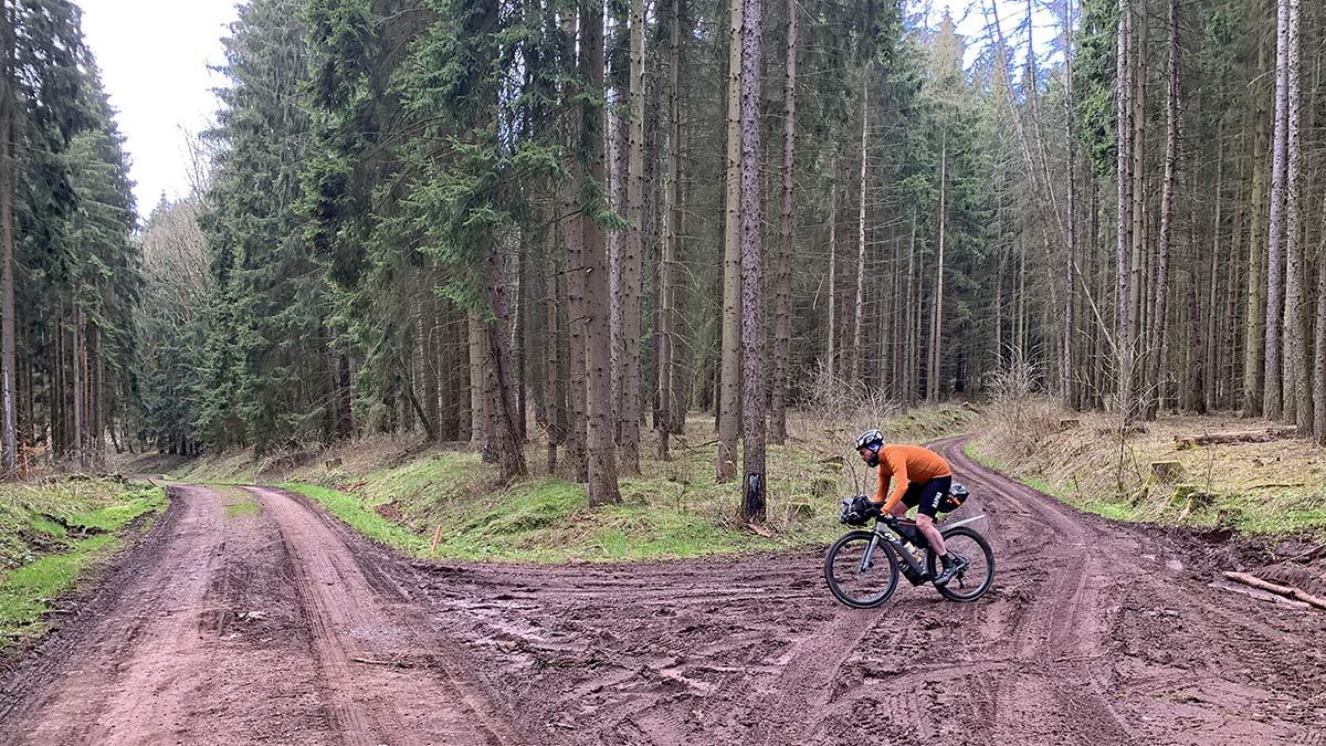 3T Exploro RaceMax Boost gravel e-bike ebikemotion X35review,mud