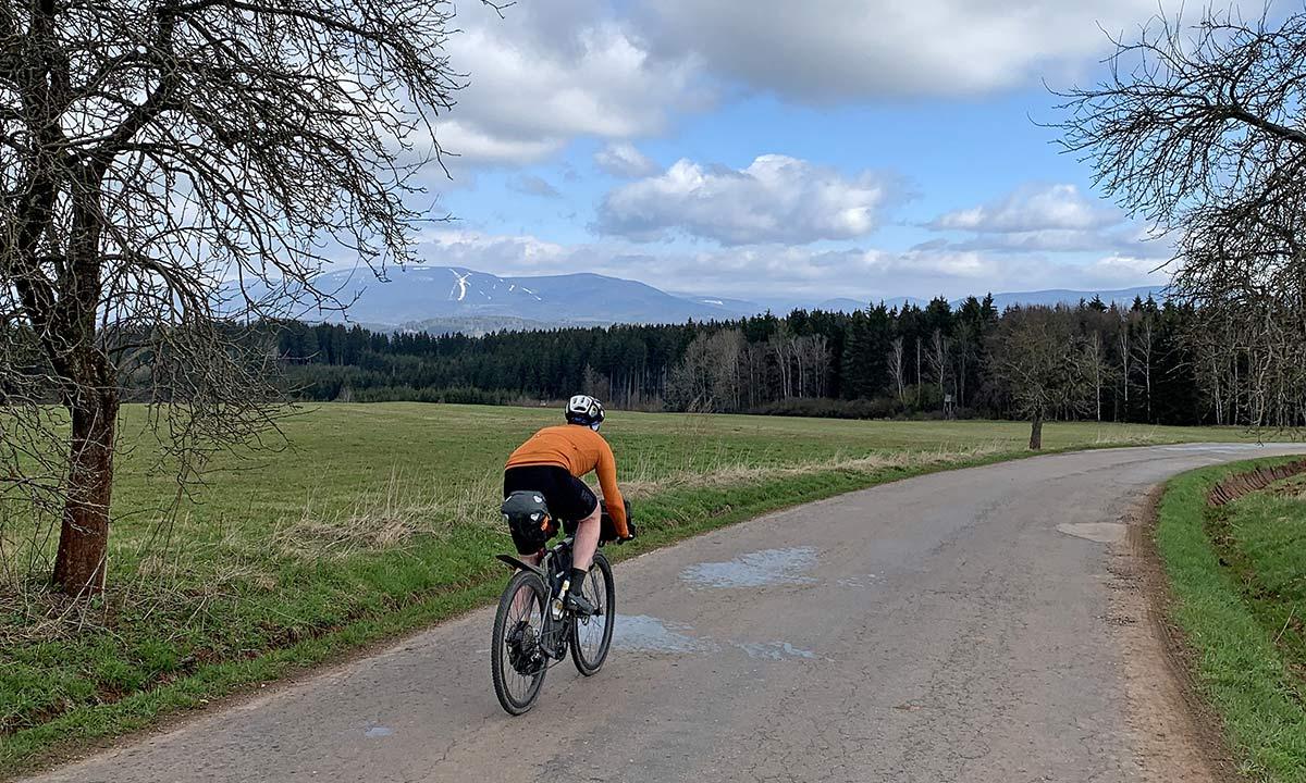 3T Exploro RaceMax Boost gravel e-bike ebikemotion X35review,road