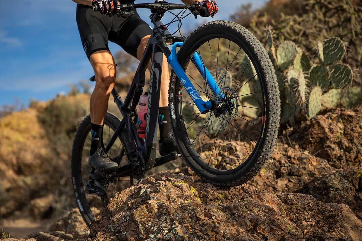 reserve 28 xc wheels cross country racing super lightweight strong vertical compliance