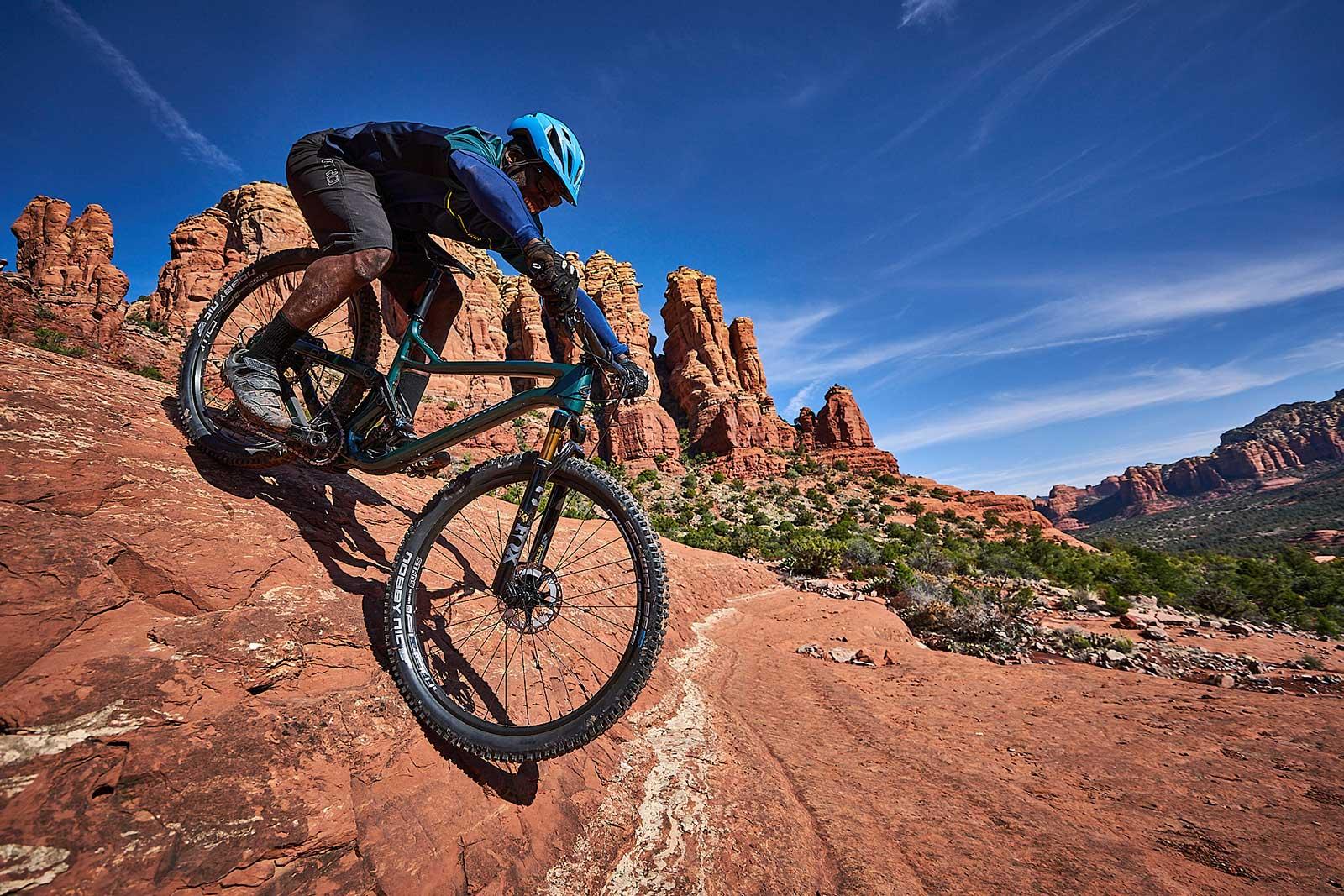 new niner jet 9 rdo trail mountain bike riding down rocks in sedona