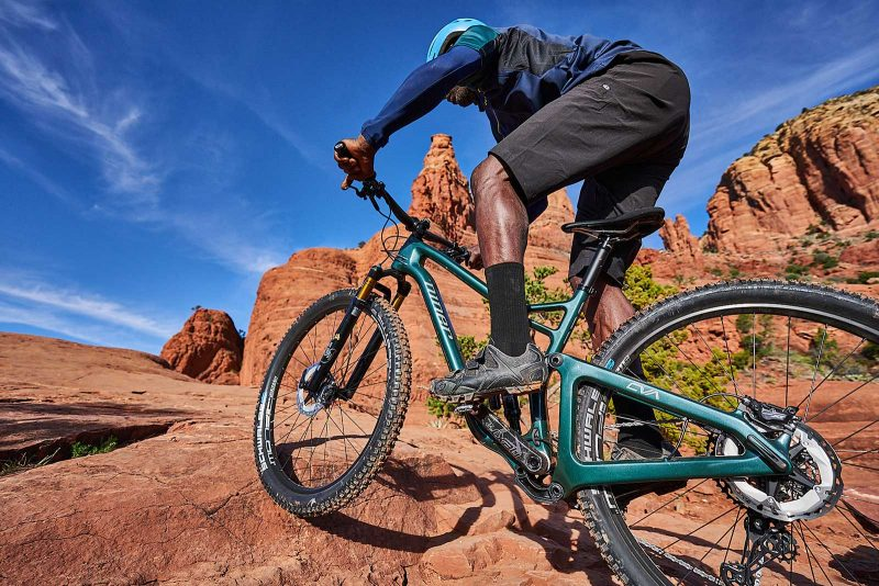 new niner jet 9 rdo trail mountain bike riding up rocks in sedona