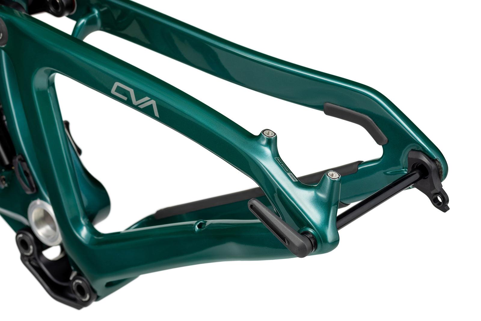 new niner jet 9 rdo trail mountain bike closeup rear dropout details