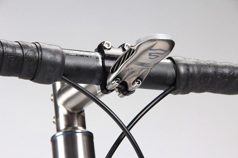 silca 3d printed titanium cycling computer mount shown on a handlebar stem
