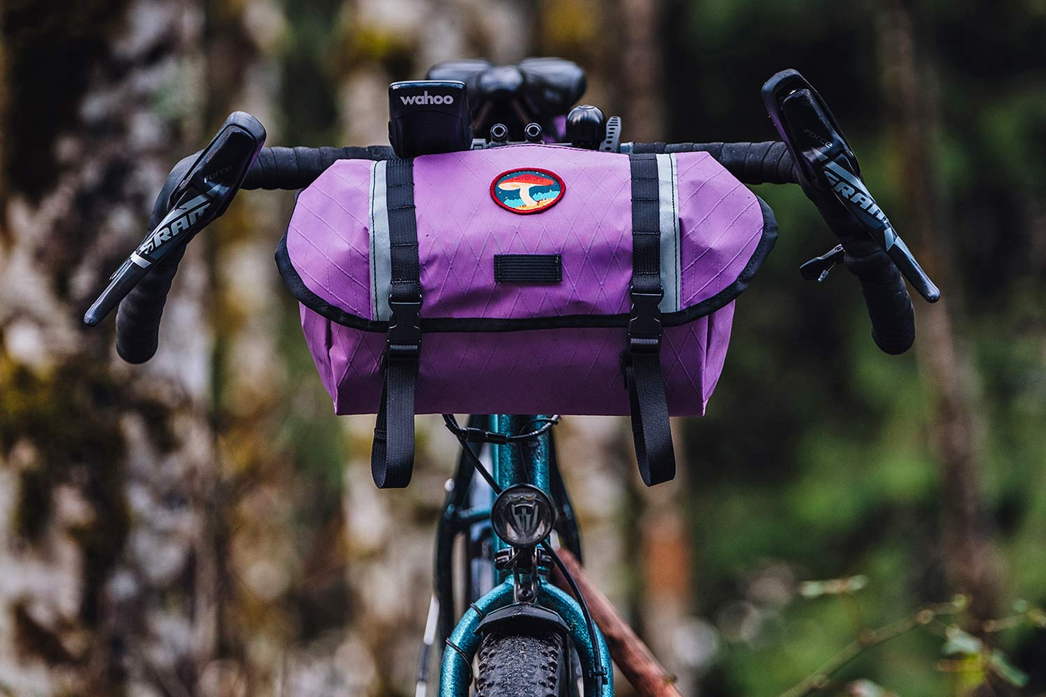 Swift Campout Catalyst bar bag in matching purple
