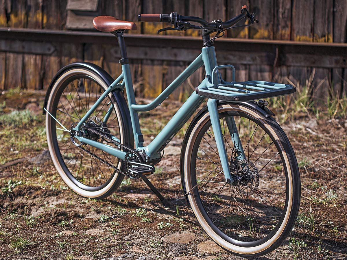 2021 Schindelhauer Emil Emilia porteur ebikemotion Pinion urban commuter city e-bikes,angled