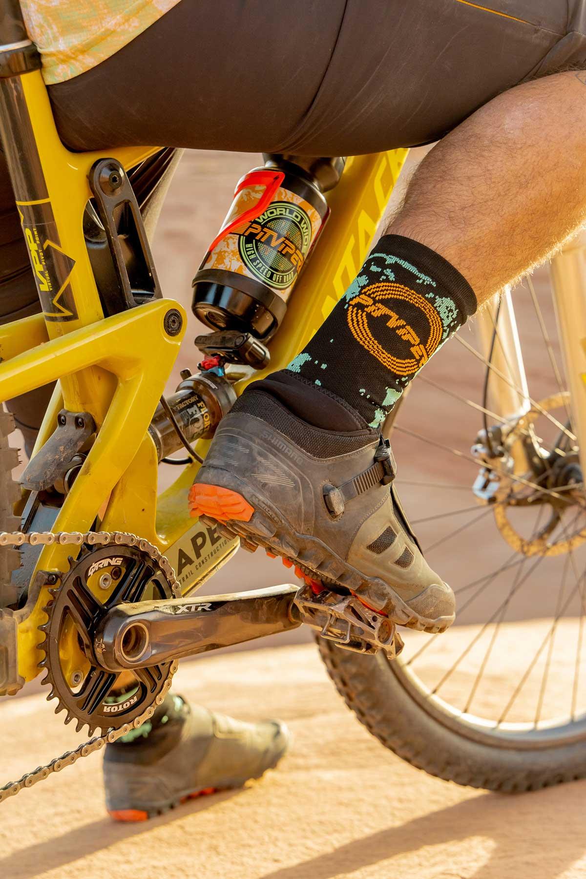 pit viper mtb socks water bottle