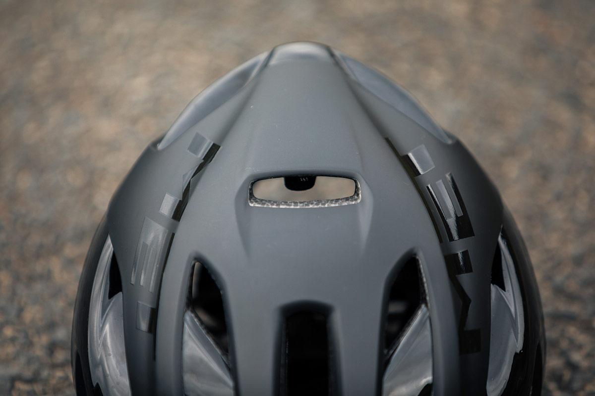 met rivale road helmet vents