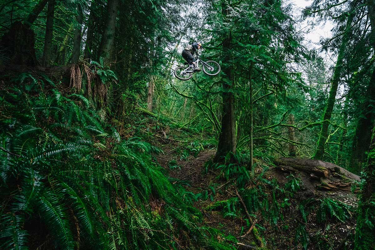 hannah bergman sends massive jump in woods 2021 transition patrol