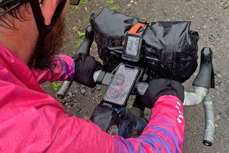 Ortlieb Handlebar Pack QR, made-in-Germany waterproof quick release 11L bikepacking bar bag,rain wet cockpit view