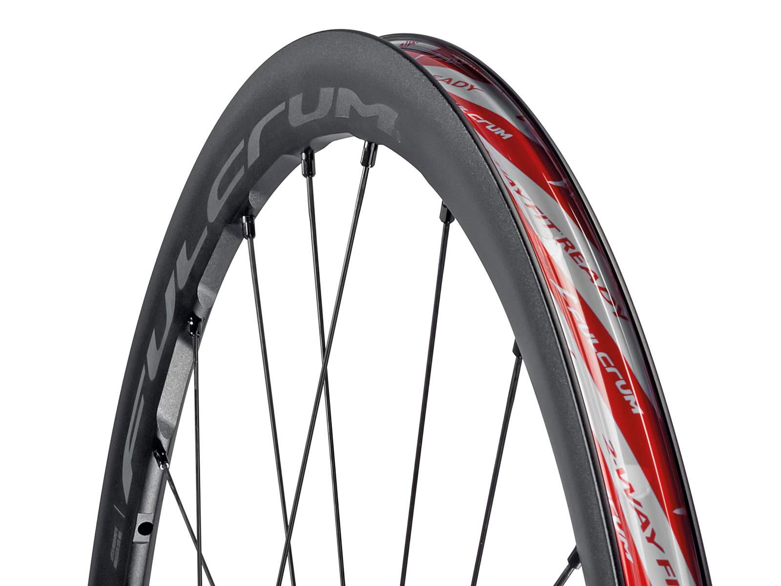 2022 Fulcrum Racing 4 DB wheels