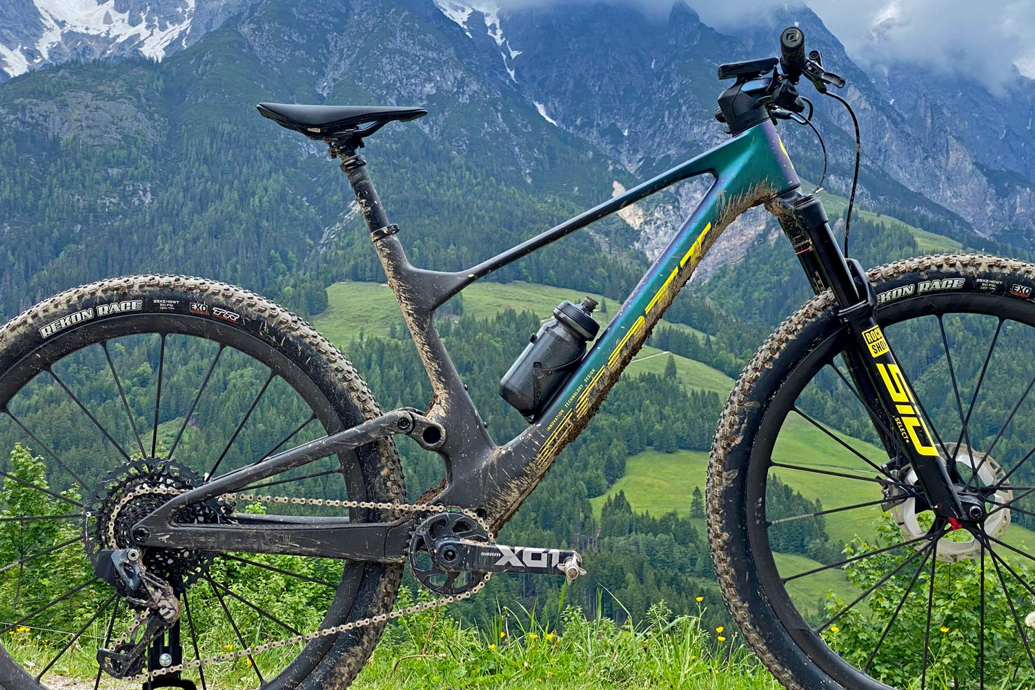 2022 Scott Spark RC & 900 XC trail mountain bikes, light fully-integrated cross-country MTB,frame