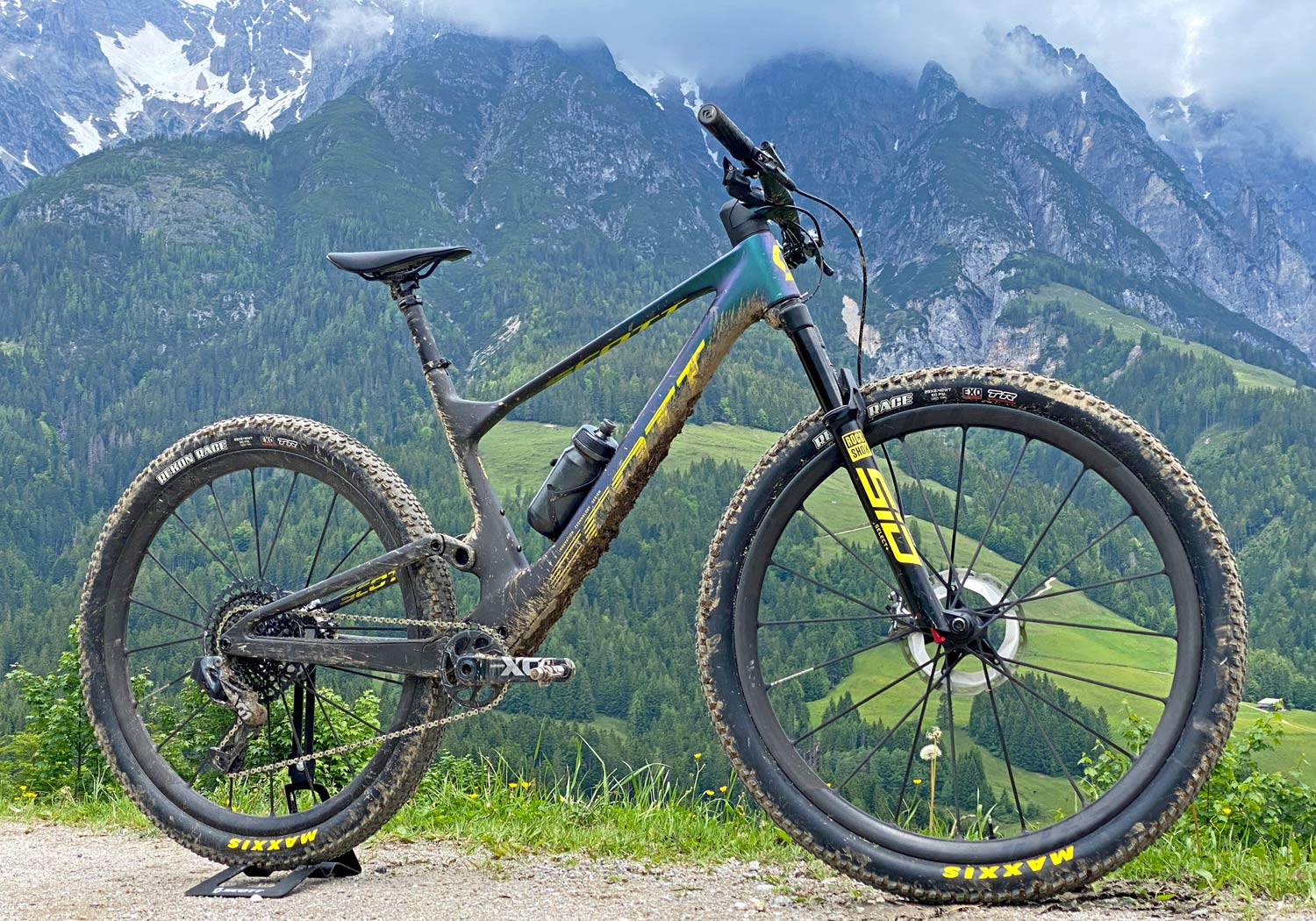 2022 Scott Spark RC & 900 XC trail mountain bikes, light fully-integrated cross-country MTB,complete