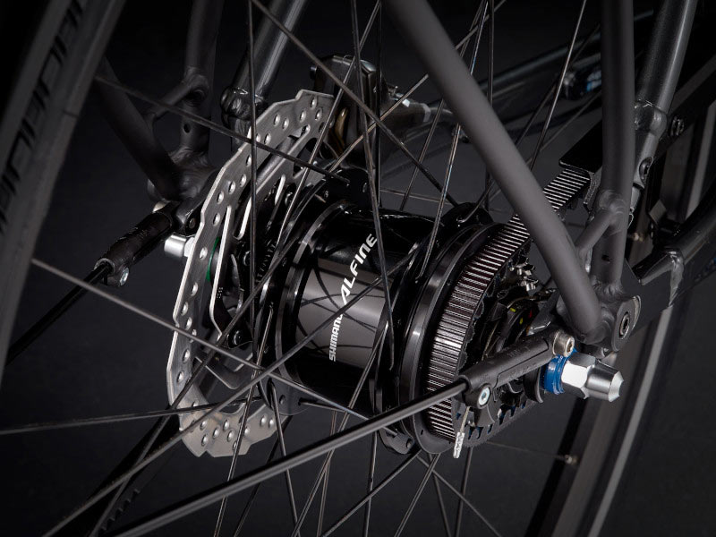 shimano alfine 8-speed hub on a trek district commuter bicycle