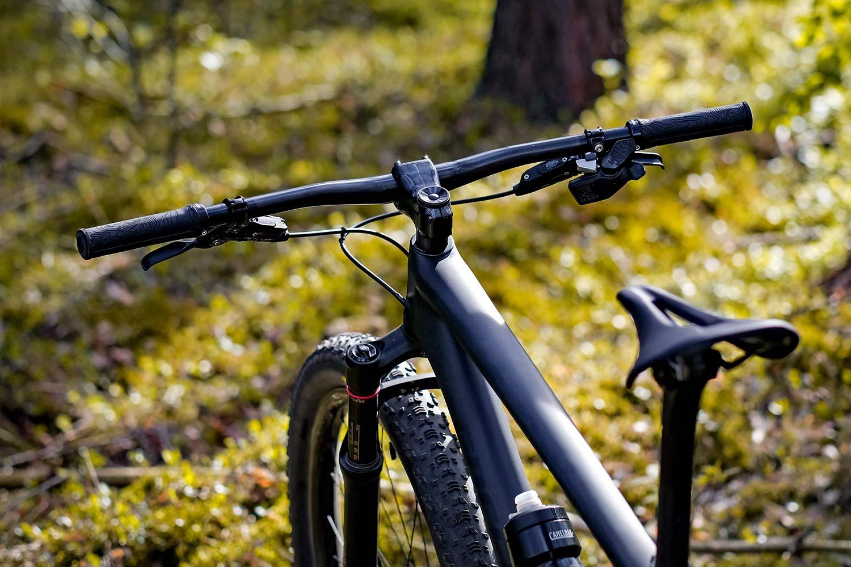 Beast MTB Flatbar 2.0 Riser Bars 2.0, lightweight reinforced carbon mountain bike handlebars,cockpit