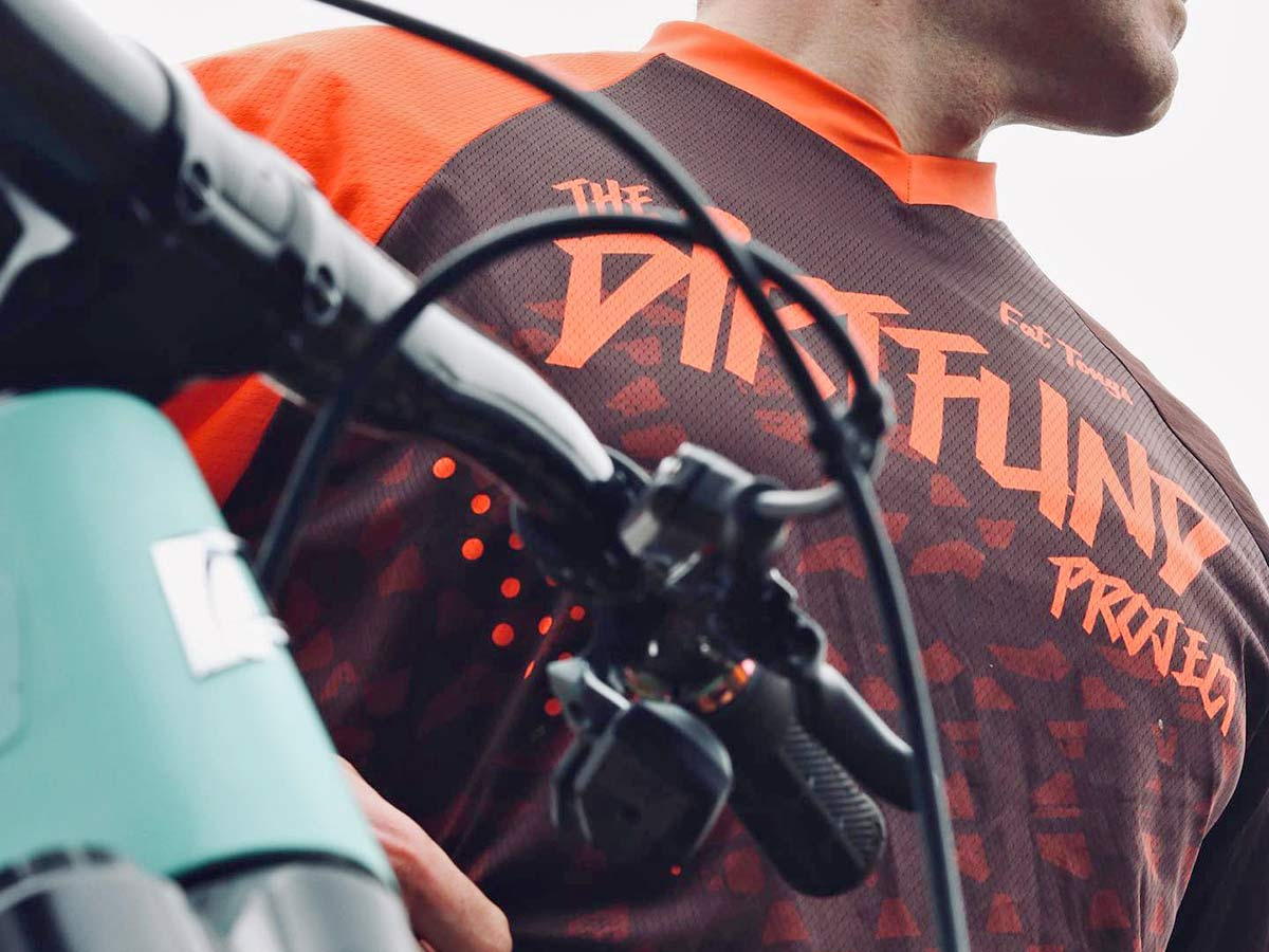 The DirtFund Project aims to #Senditforward, supporting privateer racers