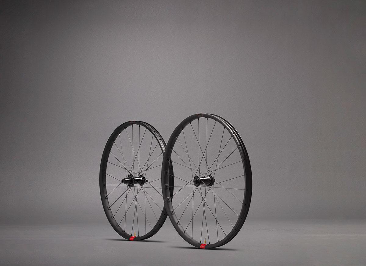 reserve 30 sl super light weight carbon rim trail mountain bike wheelset