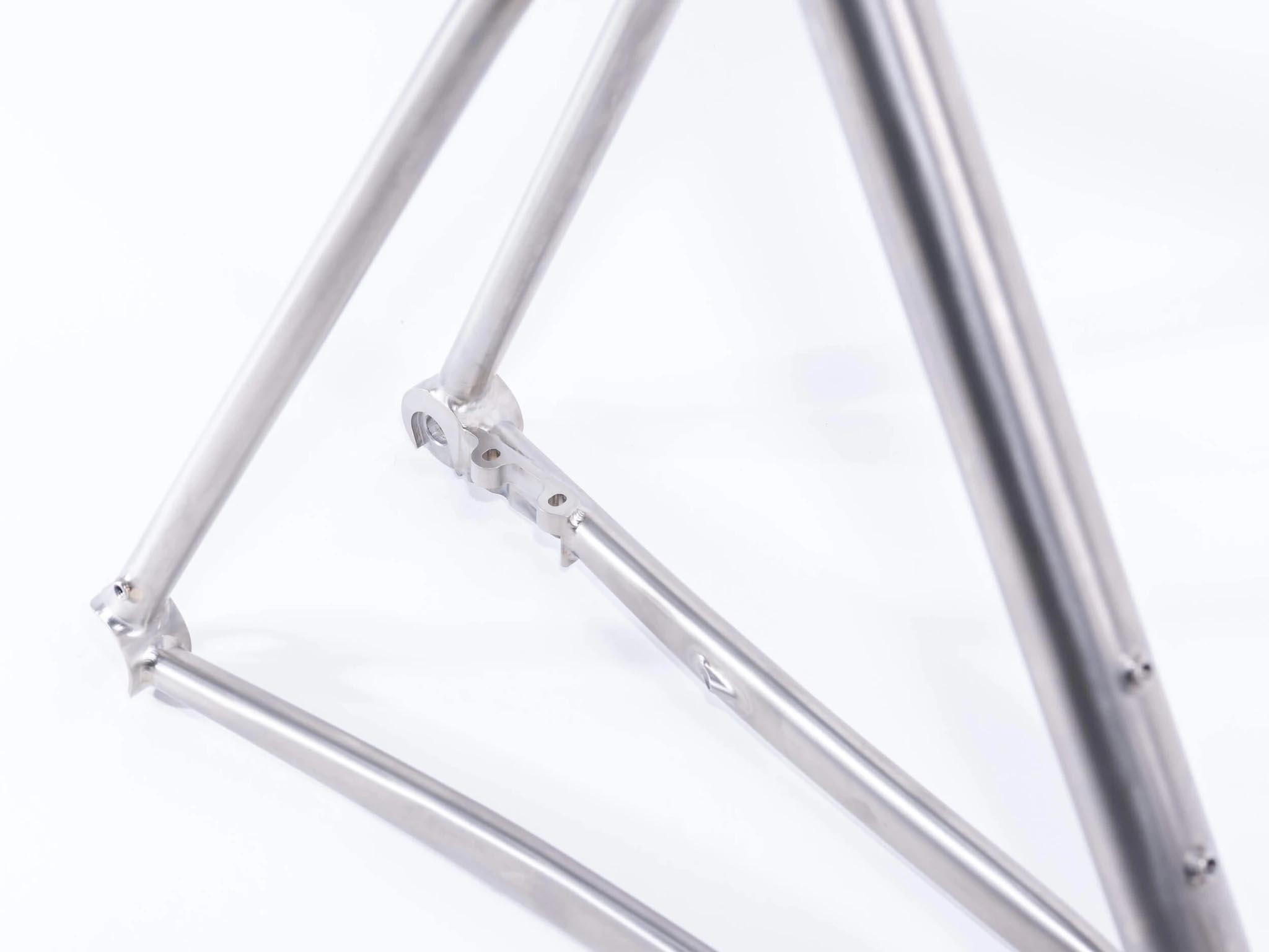 Ritte Satyr 2.0 titanium gravel frame brake mounts