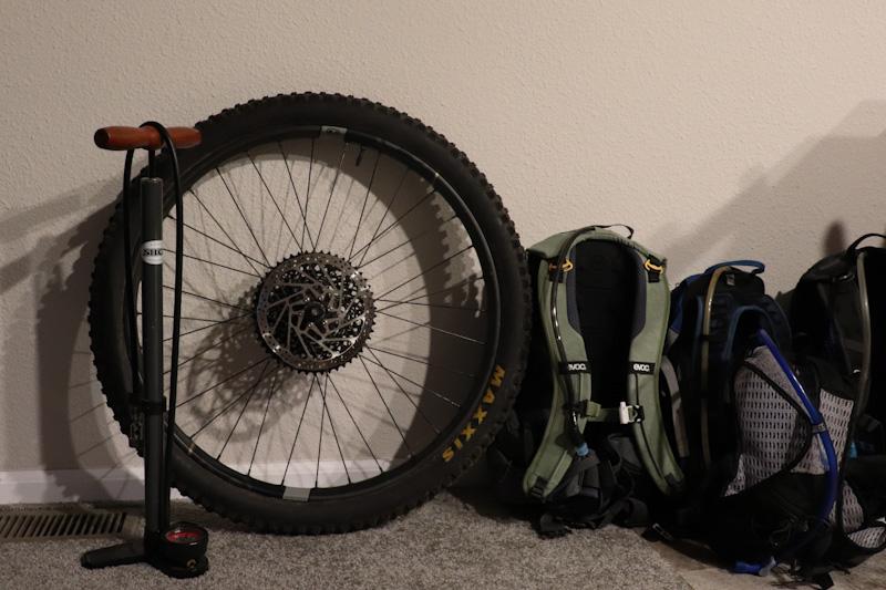 Orange Seal Endurance sealant, wheel indoors