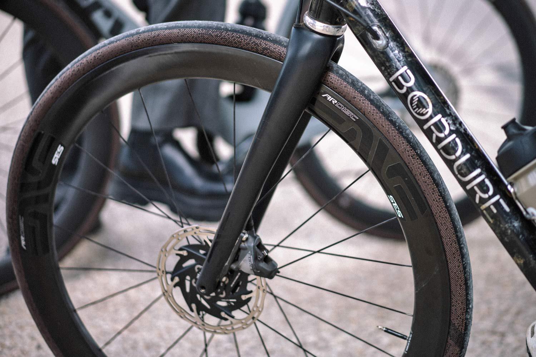 Hutchinson Gridskin lightweight reinforced sustainable gravel road bike tires,front wheel