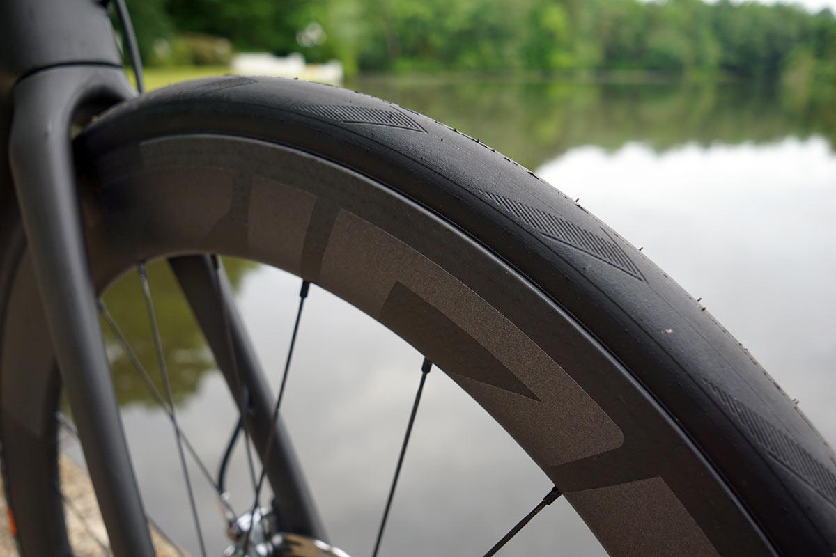 2022 zipp 404 firecrest aero road bike wheel review