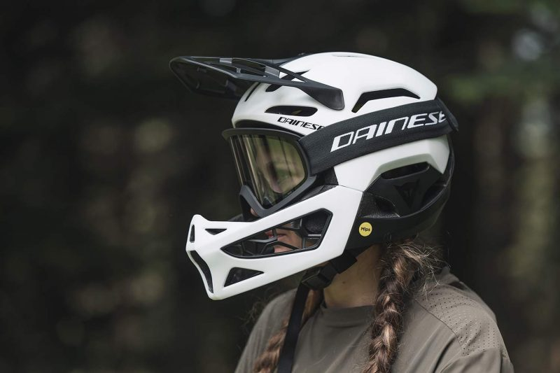 Dainese Linea 01 world's lightest full face helmet, lightweight MIPS DH MTB protection at 570g, Mountain Bike Connection rider Kasia Szlezak, photos by Rupert Fowler, side