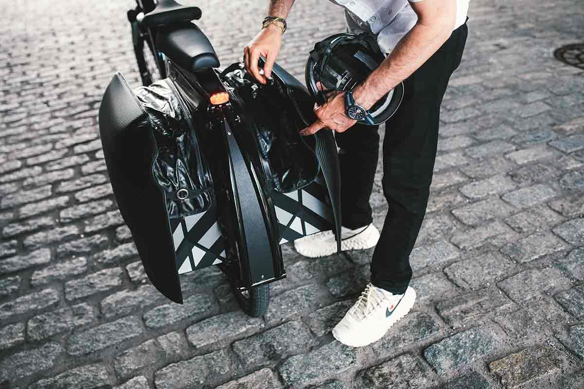 cicilized cycles model 1 ebike expandable pannier bags