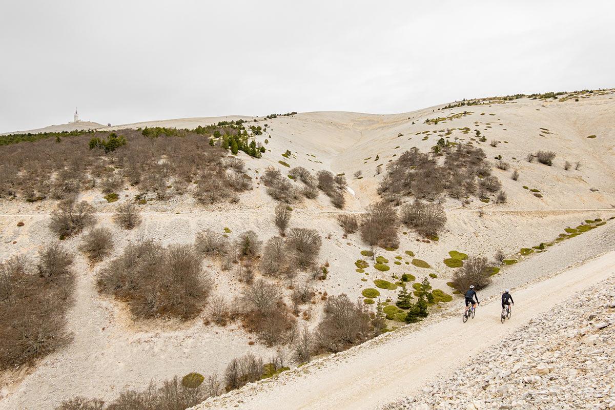 thomson bike tours gravel road trip up mont ventoux in france