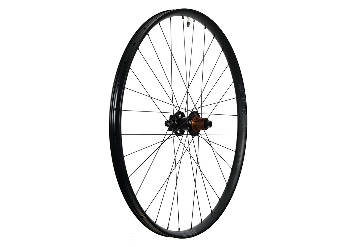 stans flow mk4 wheelset with 2021 m-pulse hub