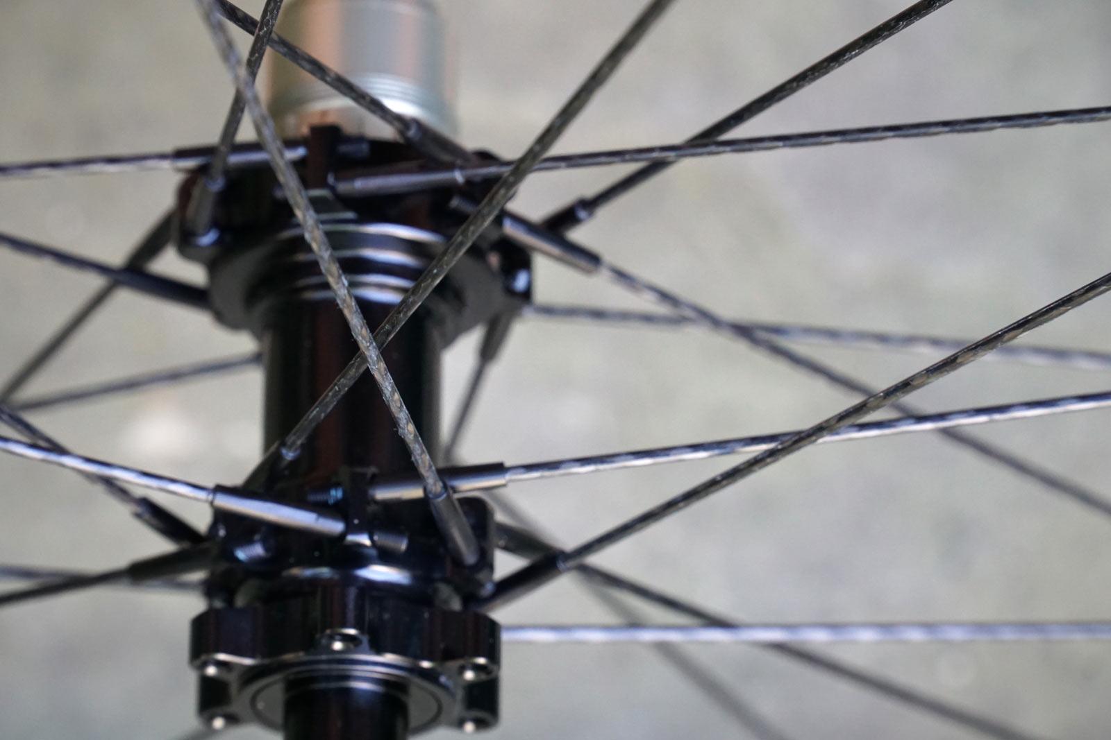 gulo composites braided carbon fiber spokes closeup detail