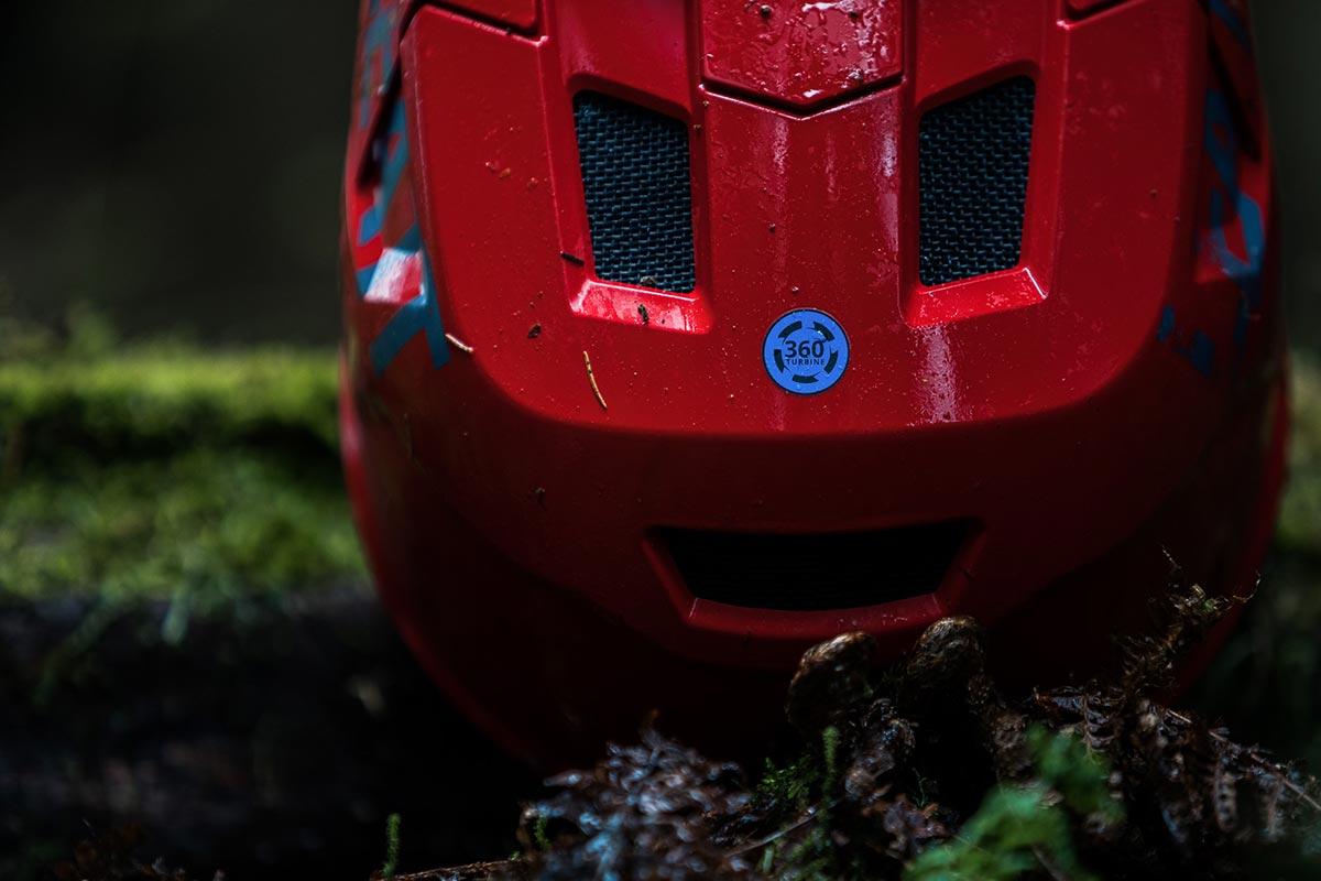 leatt 1.0 dh helmet 360 turbine technology rotational impact protection reduce concussion injury