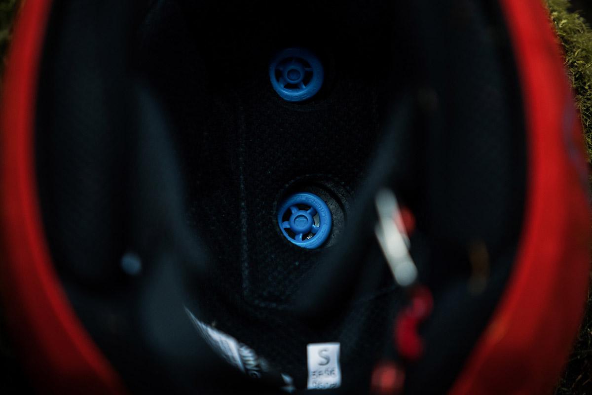 leatt 1.0 dh helmet rotational impact protection turbine polymers
