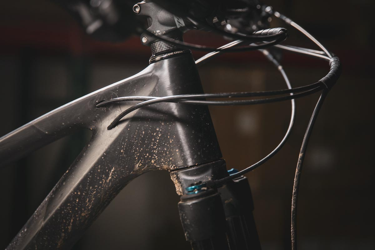 Ibis Exie internal cable routing is tube in tube