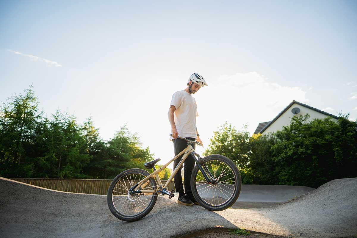 innes graham talks dirt jump fork setup radon dj bike pump track shot