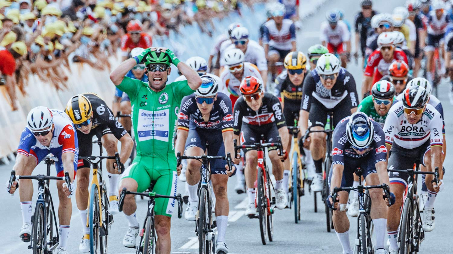 2021 Mark Cavendish 3x Tour de France stage winning green sprinter jersey Specialized S-Works Tarmac SL7, photo by Chris Auld, Stage 6 win