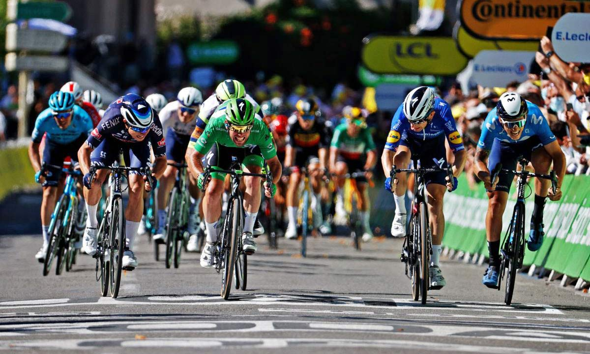 2021 Mark Cavendish 3x Tour de France stage winning green sprinter jersey Specialized S-Works Tarmac SL7, photo by Chris Graythen Stage 13 win