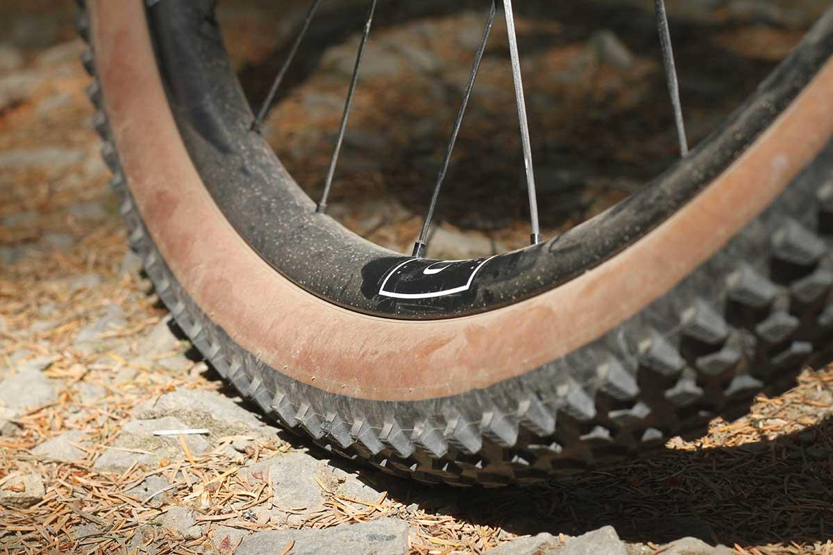 prototype hunt proven carbon xc wheelset