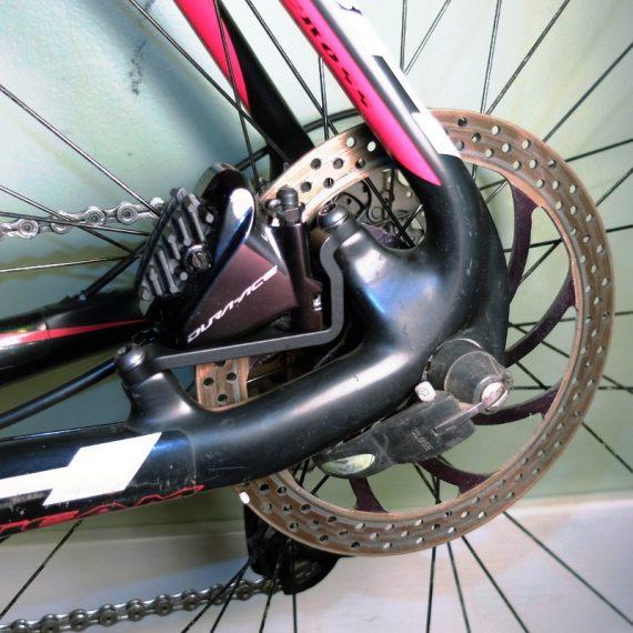 flat mount brake caliper adapter for post mount frame