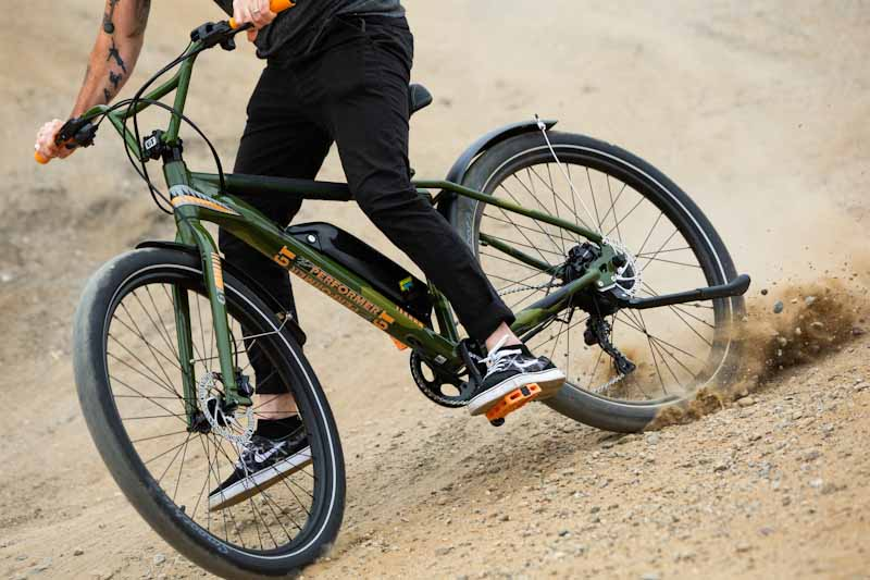 GT Bicycles Power Performer, skidding