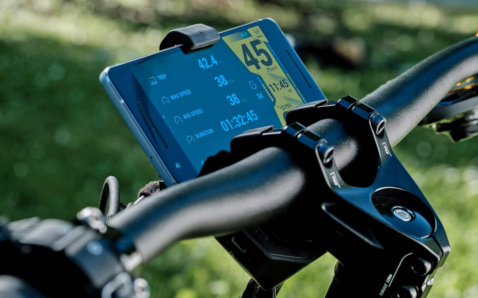 Greyp T5 alloy trekking e-bike hardtail eSUV mobile smartphone dashboard