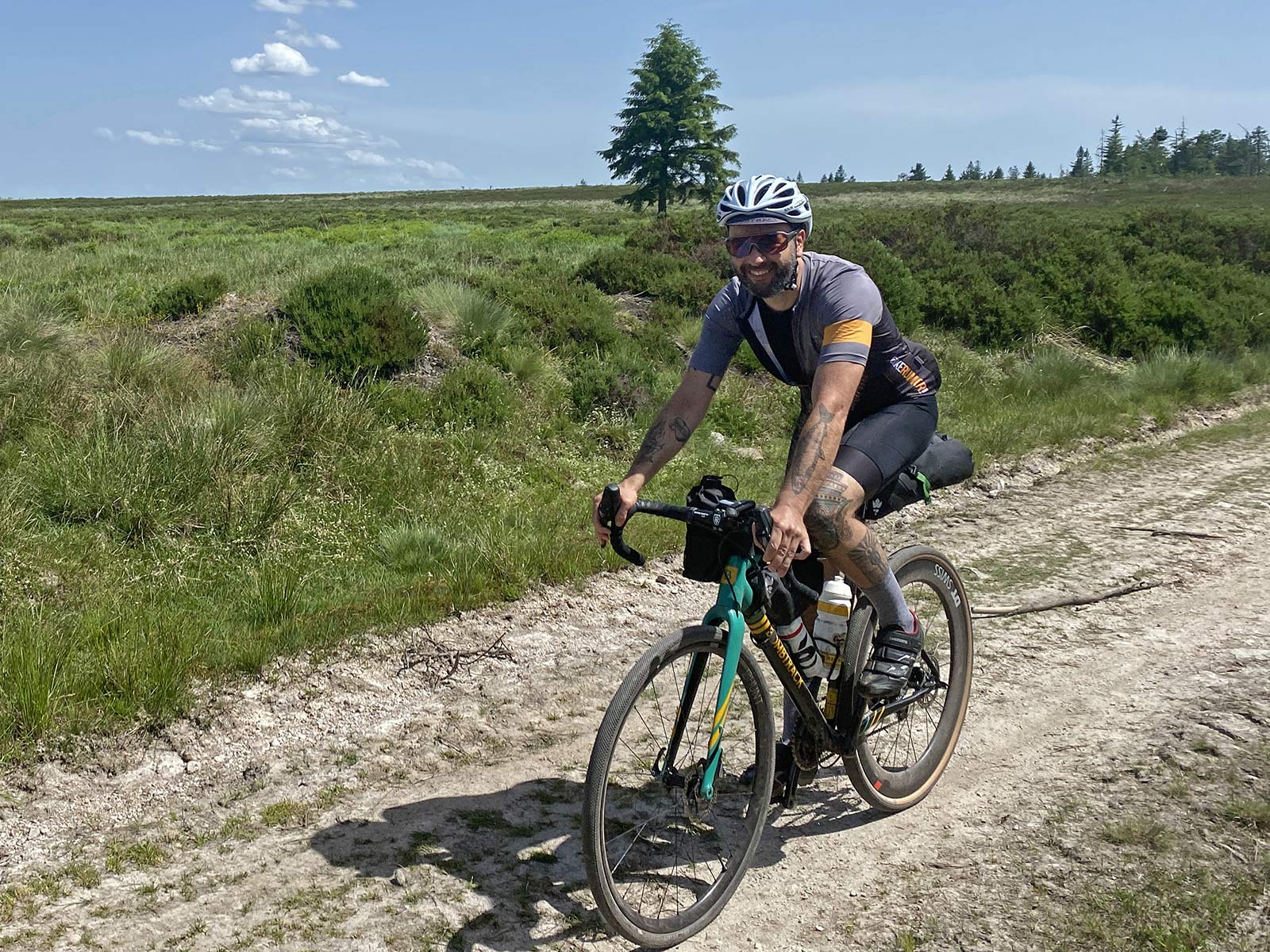 Miss Grape Road packs Review: lightweight Italian bikepacking bags for faster adventure rides