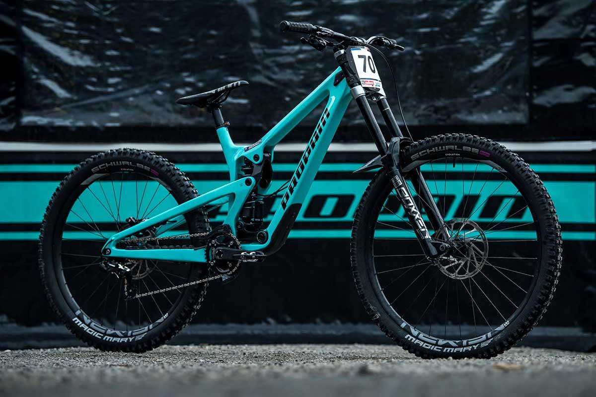2022 propain rage cf downhill mountain bike carbon 215mm rear travel pro10 suspension